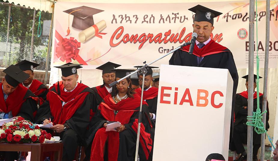graduation-inside
